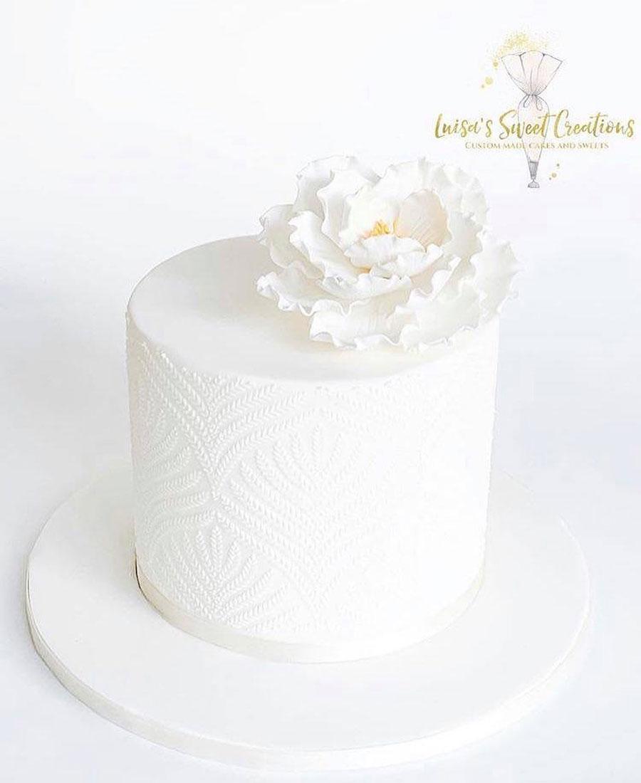 All white wedding cake Brisbaneby Luisa's Sweet Creations